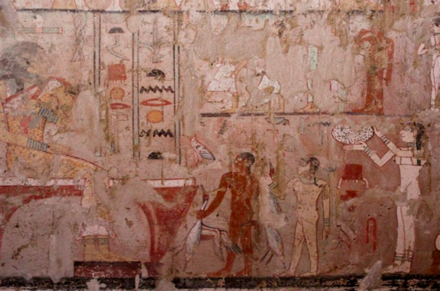 4%2C000+Year+Old+Tomb+Discovered+in+Egypt