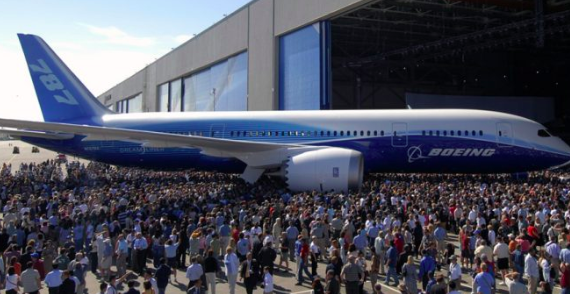 How the Boeing 787 Dreamliner is making the A380 an Icon of the Past